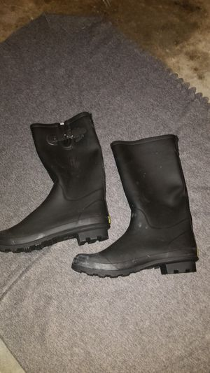 Size 11 Raining boots never used $10 very cheap for Sale in Corona, CA