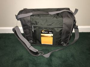 Lowepro Nova sport 35L AW camera bag for Sale in Grosse Pointe Farms, MI