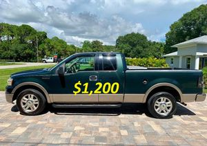 🟢💲1,2OO For sale URGENTLY this Beautiful 2004 Ford Lariat nice Family truck 4-Door Runs and drives very smooth🟢 .//. for Sale in Vancouver, WA