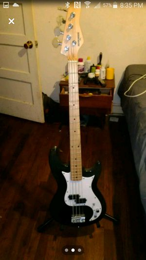 Beringer Electric Bass Guitar for Sale in Columbia, SC