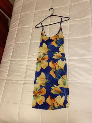 Small stretchy blue floral dress for Sale in Las Vegas, NV