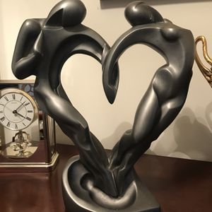 Soulmates Statue by Austin Productions for Sale in Los Angeles, CA