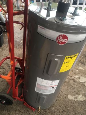 40 Gallon Electric Water Heater for Sale in Modesto, CA