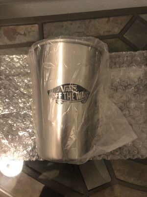 Vans Shoes Off the Wall-Stainless Steel Cup 8oz for Sale in Long Beach, CA