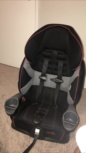 Evenflo Maestro Harness Booster car seat for Sale in Lakewood, WA