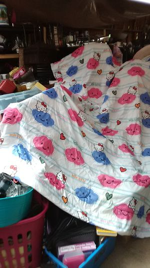 Hello Kitty comforter and pillow case for Sale in Camas, WA