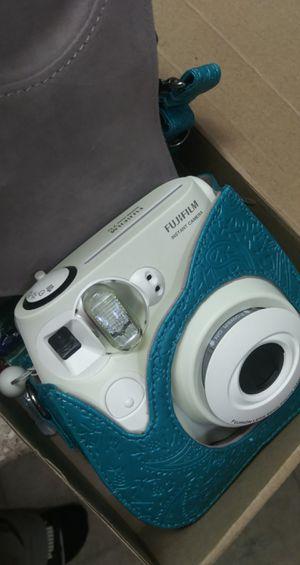 Fiji film camera plus kit for Sale in Glendora, CA