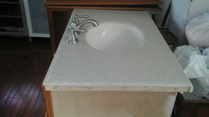 Bathroom cabinet with sink+faucet for Sale in Olney, MD