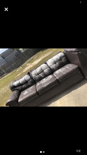 Sectional! Free! Must pick up! for Sale in Columbia, SC