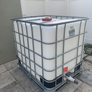 Water Tank 250 Gallons for Sale in Hollywood, FL