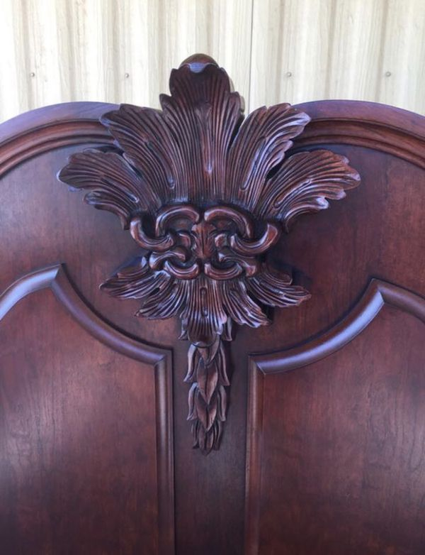 Cherry wood bed King and dresser