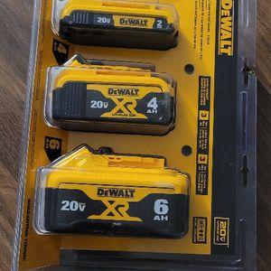 Dewalt 20-Volt Baterías Brand New..NOO OFERTAS for Sale in Anaheim, CA