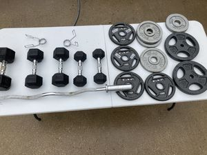 Workout equipment. Dumbbells, plates, curl bar for Sale in Dallas, TX