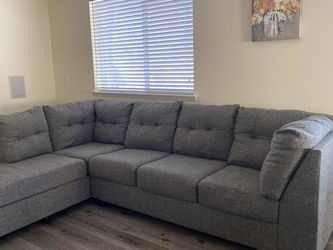 Sectional Sofa with Pullout Bed/Sleeper for Sale in Las Vegas,  NV