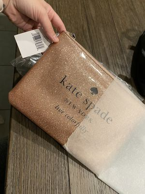 Kate spade rose gold pouch for Sale in North Las Vegas, NV