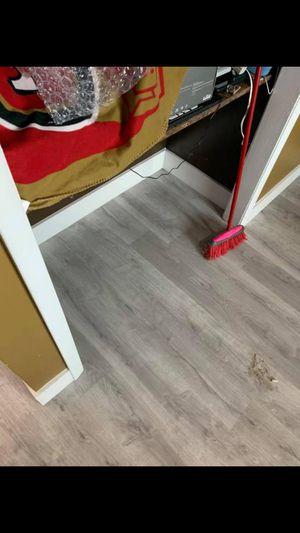 Laminate flooring installation for Sale in Miami, FL
