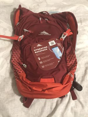 High Sierra hydration back pack brand new never used $30 for Sale in Kennewick, WA