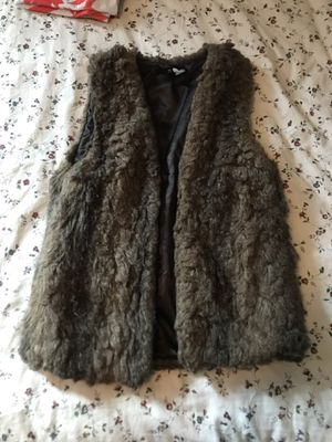 Faux fur vest for Sale in West Covina, CA