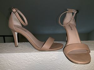 Nude Sexy Heel $15 (SIZE 8) for Sale in Tampa, FL