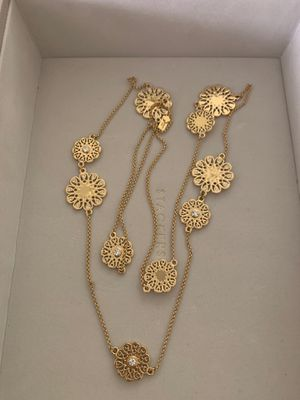 Kate spade costume jewelry gold flower necklace for Sale in Houston, TX