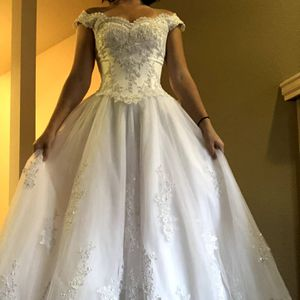 Wedding Dress for Sale in Auburn, WA