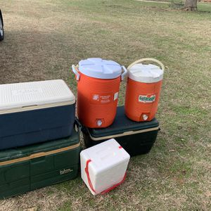 Coolers for Sale in Floresville, TX