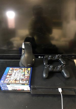 PlayStation 4 for Sale in Signal Hill, CA