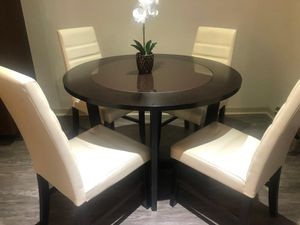 Table & 4 chairs for Sale in Alexandria, VA