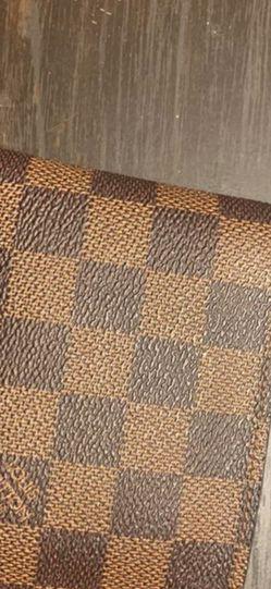 Louis Vuitton Men's Bifold for Sale in Las Vegas,  NV