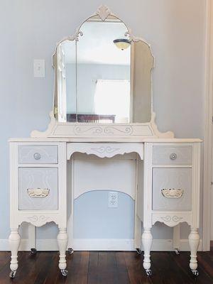 Restored antique Vanity for Sale in Princeton, WV