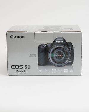 Canon EOS 5D Mark III 22.3MP Digital SLR Camera for Sale in Brooklyn, NY