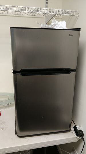 Hair Mini Fridge in great condition!! for Sale in Hollywood, FL