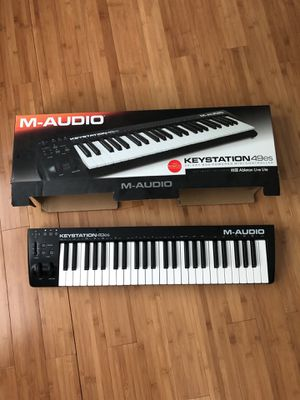 M audio keyboard controller for Sale in Charlotte, NC