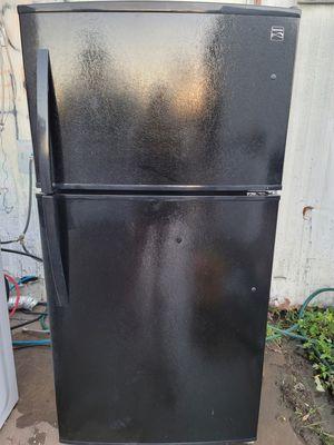 Kenmore black refrigerator for Sale in Orlando, FL
