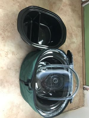 Rival Crock pot with warming jacket and extra two side cooker for Sale in North Olmsted, OH