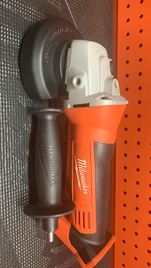 Milwaukee M18 18-Volt Lithium-Ion Cordless 4-1/2 in. Cut-Off/Grinder (Tool-Only) for Sale in Lamont, CA