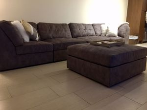 Moving sale! 5PC Sectional/Ottoman with 3 year fabric protection plan. Furniture needs to be out by 3/22/2019. for Sale in Tampa, FL