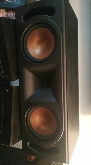 Klipsch rc35 center speaker only for Sale in Newport News, VA
