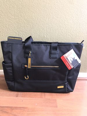 Diaper Bag for $45! Brand New (Never Used) - Skip Hop Chelsea 2-in-1 Downtown Chic Diaper Tote for Sale in Chula Vista, CA
