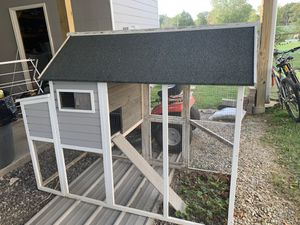 Chicken coop for Sale in Chattanooga, TN
