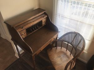 Roll top Desk for Sale in Welcome, MD