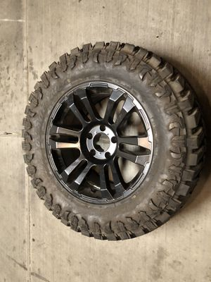 "33x12.50r18 atturo Trail Blaze M/T (1) One new tire. Jeep Wrangler 18"" wheel for Sale in Las Vegas, NV"