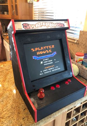 Table top splatter house arcade cabinet for Sale in Alta Loma, CA
