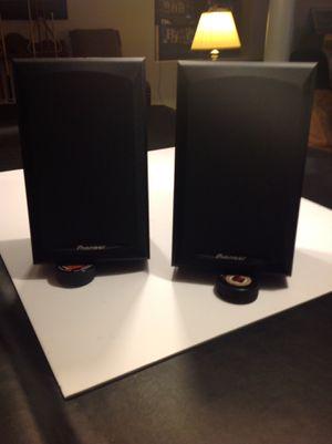 Pioneer Model S-H152B-K Bookshelf Speakers (pair) for Sale in West Chicago, IL