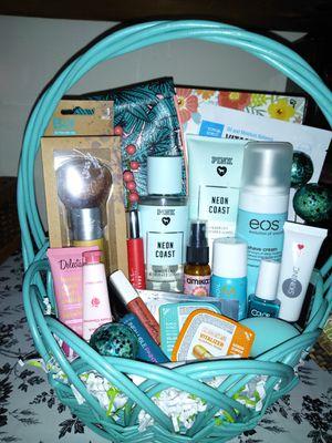 Bath & body gift basket for Sale in Bensalem, PA