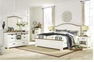 New 5pc. Queen Ashley Bedroom set for Sale in Austin, TX