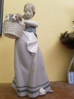 Lladro figurine for Sale in Orangevale, CA