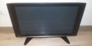 """47"""" inch panasonic tv for Sale in Kissimmee, FL"""