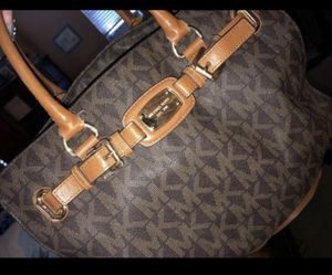 Mk purse if picked up by tonight 45 tomorrow 65 for Sale in Tracy, CA