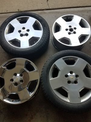 RIMS CHEVY IMPALA .SS .👉2 chrome .👉2 polished for Sale in Elgin, IL